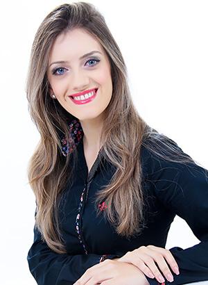 Júlia de Novaes Benvinuti